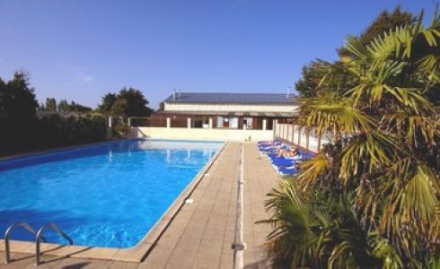 Camping Bel-Air piscine 01